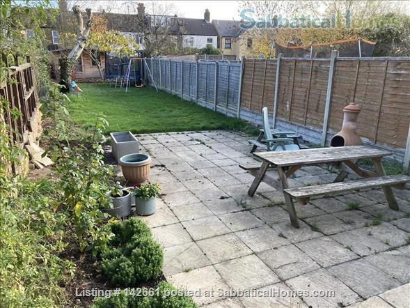 Large 4 bed home in London, near transport and huge garden! Home Rental in London, England, United Kingdom 9