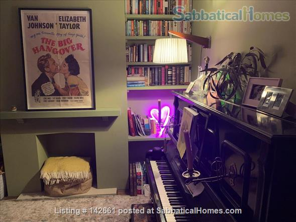 Large 4 bed home in London, near transport and huge garden! Home Rental in London, England, United Kingdom 3