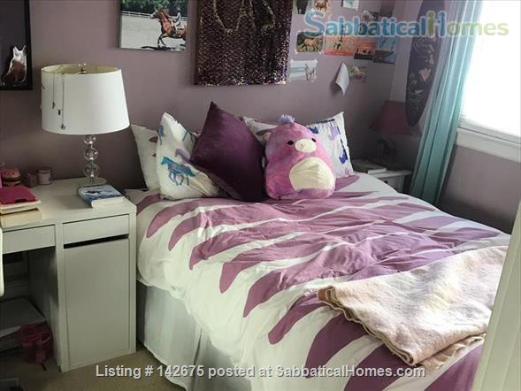 Beautiful Apartment with Victorian Charm Home Rental in San Francisco, California, United States 2