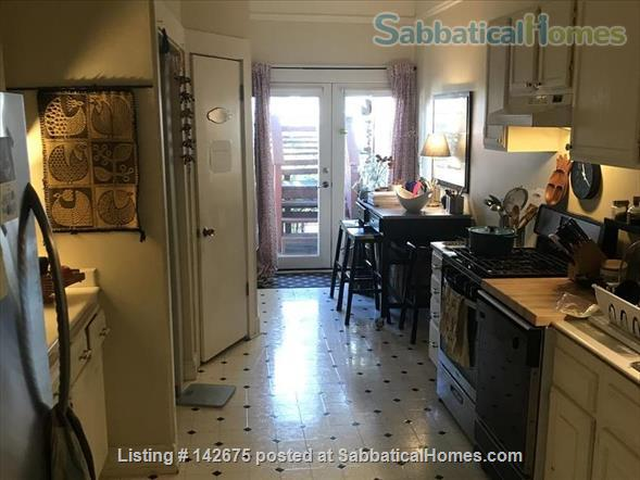 Beautiful Apartment with Victorian Charm Home Rental in San Francisco, California, United States 3