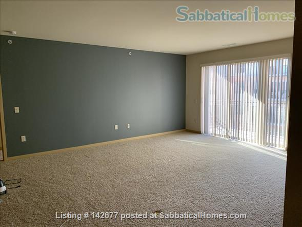 Large, luxury 3 bdrm/2bthrm Apartment - Take over lease until the end of June 2021 Home Rental in Madison, Wisconsin, United States 3