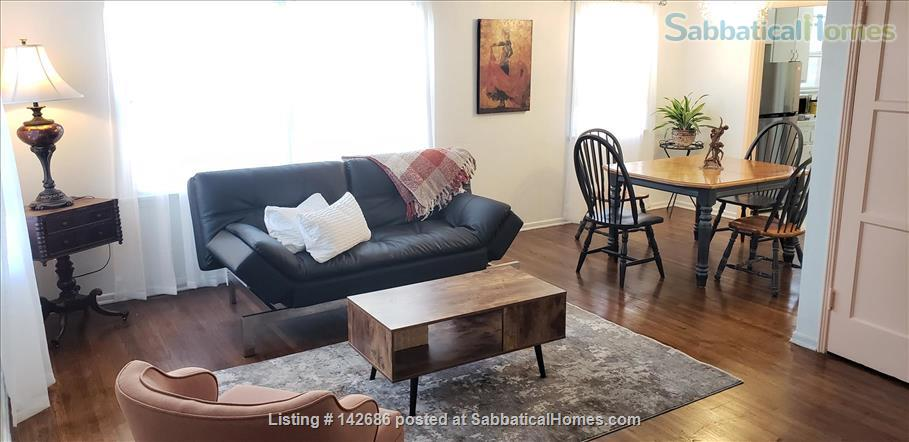 Charming 2 bedroom/1 bathroom unit in the heart of LA Home Rental in Los Angeles, California, United States 1