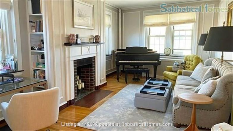 Tasteful, furnished 1 bed condo in heart of Porter Square Home Rental in Cambridge 0 - thumbnail
