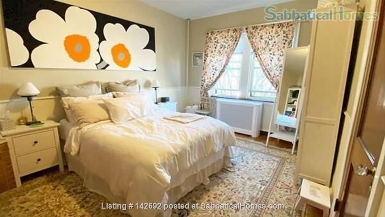 Tasteful, furnished 1 bed condo in heart of Porter Square Home Rental in Cambridge 2