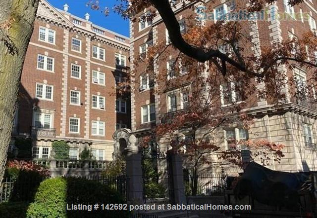 Tasteful, furnished 1 bed condo in heart of Porter Square Home Rental in Cambridge, Massachusetts, United States 8