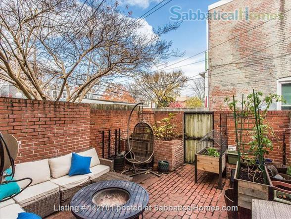 Charming Capitol Hill Rowhouse  Home Rental in Washington, District of Columbia, United States 9