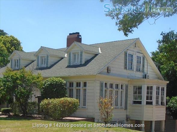 100 year old home made for family Home Rental in Glendale, California, United States 1
