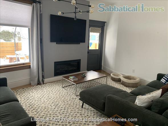 Renovated 6 Bed Home with Hot Tub, Fire Pit, close to Chautauqua & Pearl St and CU Boulder campus Home Rental in Boulder, Colorado, United States 2