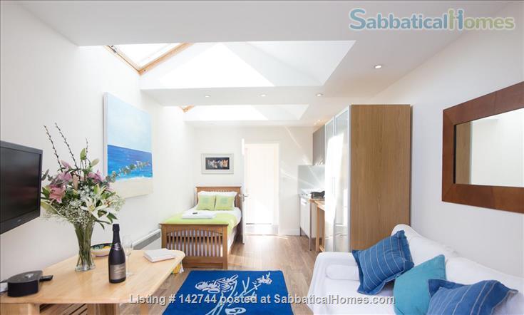 Sunny Studio Apartment in leafy North Oxford Home Rental in Oxfordshire, England, United Kingdom 1