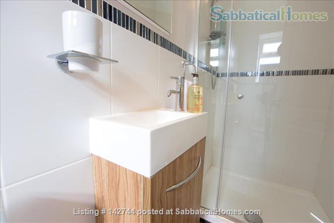 Sunny Studio Apartment in leafy North Oxford Home Rental in Oxfordshire, England, United Kingdom 7