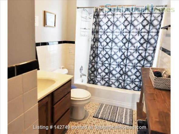 Retro Furnished 3-Bedroom Apartment on Near East Side Home Rental in Madison, Wisconsin, United States 4
