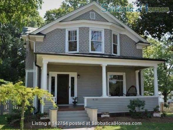 Small-Town House - Easy commute to Charlottesville Home Rental in Gordonsville, Virginia, United States 1