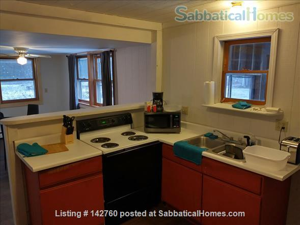 Secluded Quiet Property in Bennington, VT Home Rental in Bennington, Vermont, United States 3