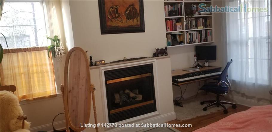 2 bedroom apartment in walking distance of Harvard campus between June20-Oct7  2021 (minimum 3 month!) Home Rental in Somerville, Massachusetts, United States 4