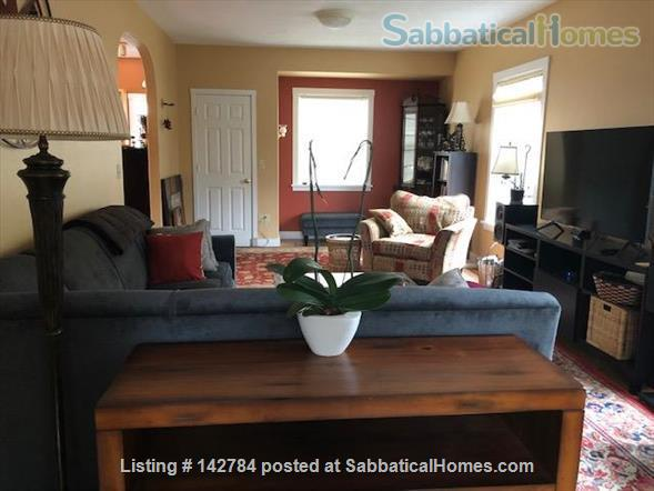 Comfortable Furnished Home in Vibrant SE Portland Home Rental in Portland, Oregon, United States 4