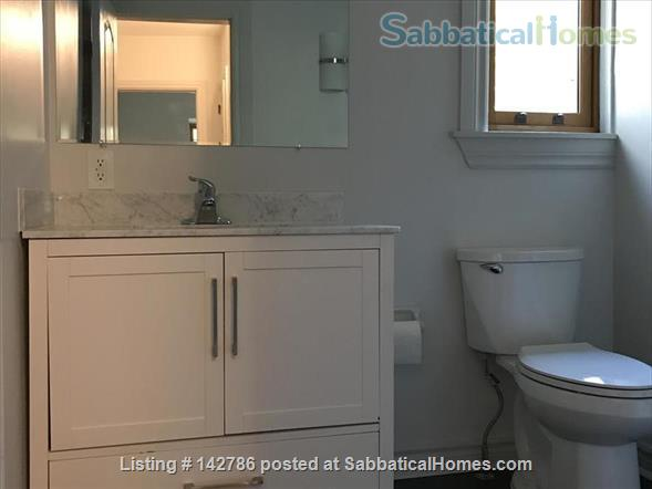 Walk to downtown, hospitals and universities! Home Rental in Toronto, Ontario, Canada 7