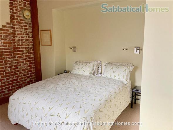 Berkeley Elmwood 1 bedroom Craftsman flat, walk to UC, Berkeley. Home Rental in Berkeley, California, United States 4