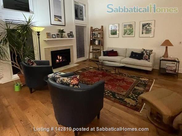 Beautiful 2800 sq.ft. condo in desirable Huron Chase complex in Ann Arbor Home Rental in Ann Arbor, Michigan, United States 1