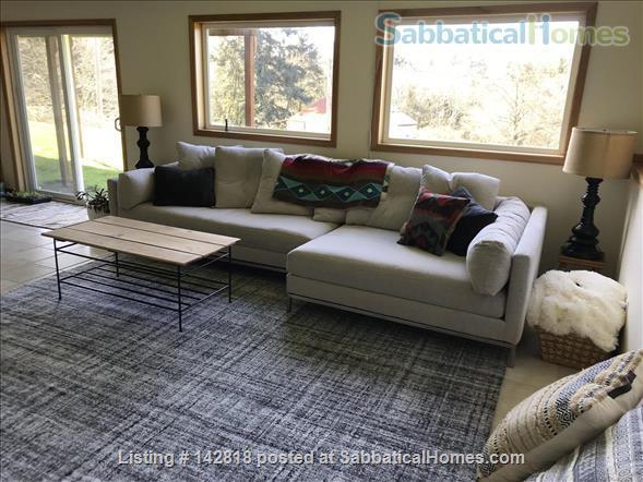 Expansive, Sunny, Coastal Paradise with Stunning Views Home Rental in Nehalem, Oregon, United States 6