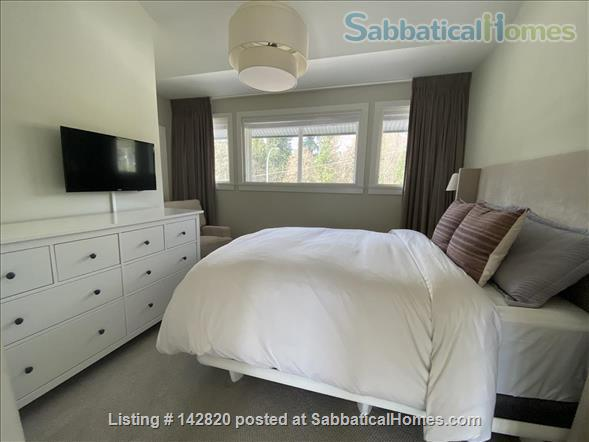 Three bedroom townhome on the beautiful North Shore Home Rental in North Vancouver, British Columbia, Canada 0