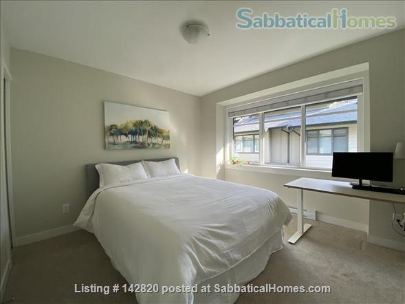Three bedroom townhome on the beautiful North Shore Home Rental in North Vancouver, British Columbia, Canada 4