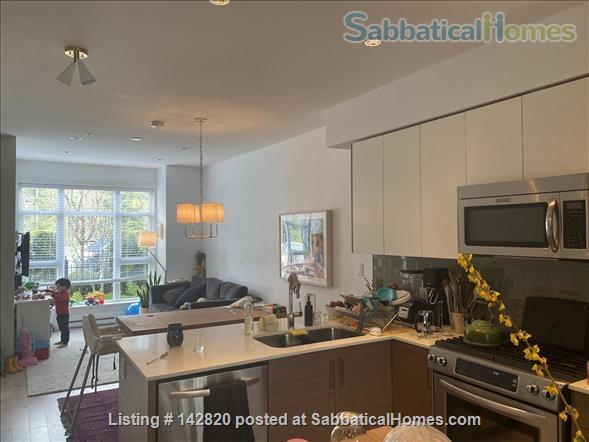 Three bedroom townhome on the beautiful North Shore Home Rental in North Vancouver, British Columbia, Canada 8
