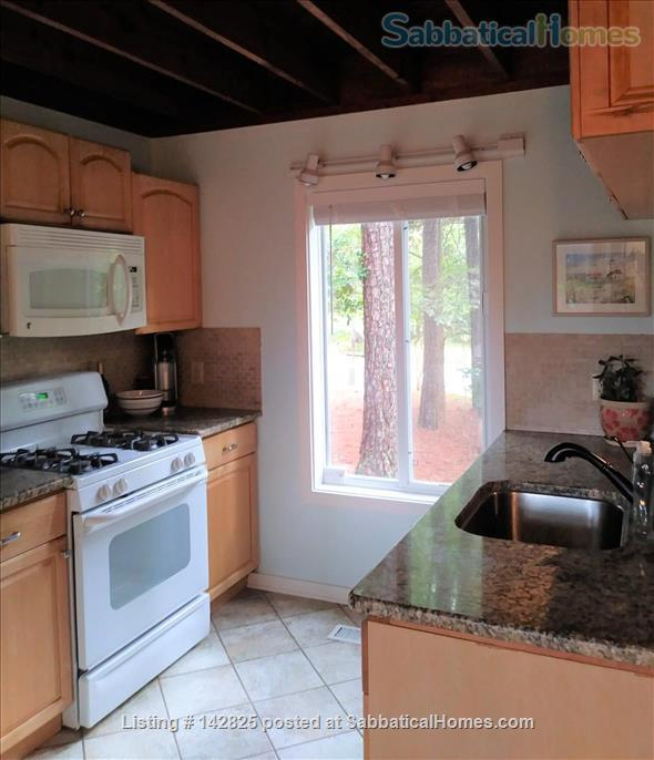 Chapel Hill Home close to UNC/Duke, Furnished Home Rental in Chapel Hill, North Carolina, United States 4