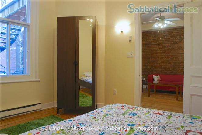 SUNNY 3 BDR - PLATEAU MT-ROYAL / MILE-END - LAURIER METRO Home Rental in Montreal, Quebec, Canada 0