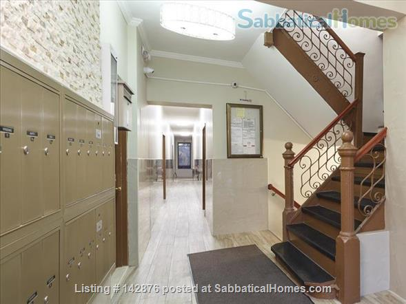 Renovated Modern West Harlem Moments from Columbia and City Uni Home Rental in New York, New York, United States 5