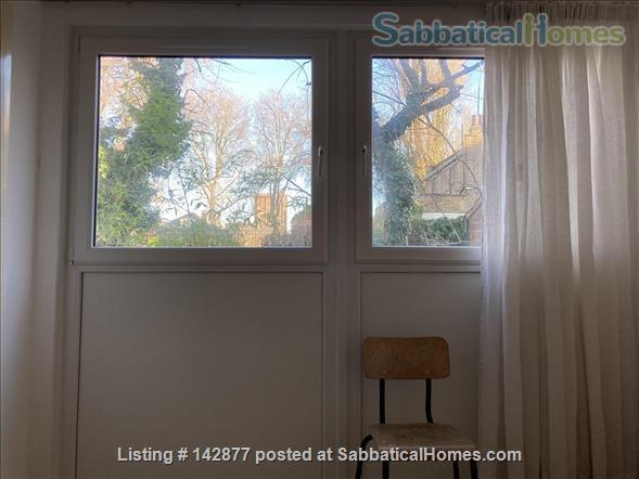 Two bedroom flat with garden in Shoreditch, London E2 Home Rental in London, England, United Kingdom 6