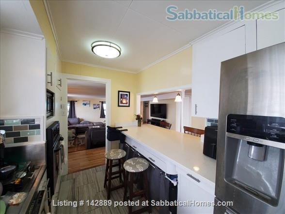 Your Honolulu home away from home w/ ocean and city views, pool + hot tub - 10 min to the beach Home Rental in Honolulu, Hawaii, United States 6