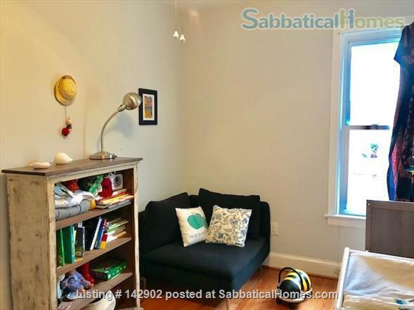 Furnished House in Shaw, DC - 3BR/1.5bath - available mid May Home Rental in Washington, District of Columbia, United States 5