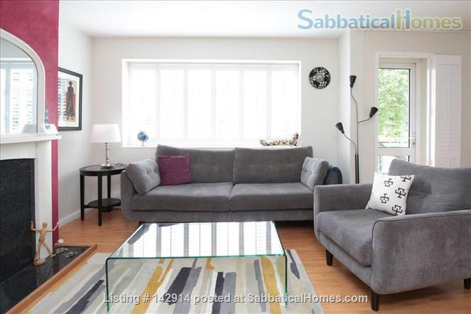 Light and airy double bedroom available in 2 bedroom flat! Home Rental in Headington, England, United Kingdom 1