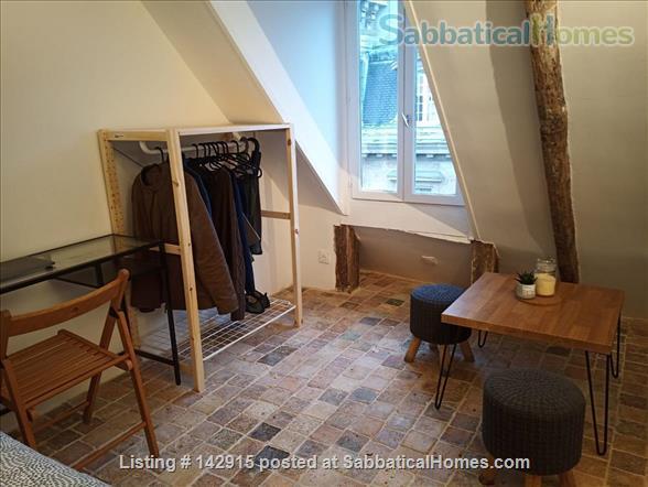 Paris Canal Saint Martin 10th arrondissement Home Rental in Paris, IDF, France 1