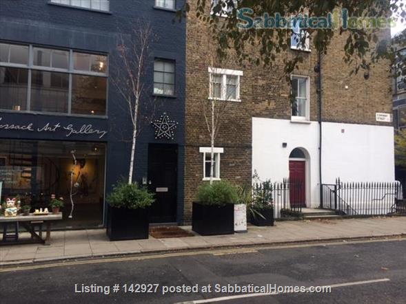 Fitzrovia Duplex Home Rental in Fitzrovia, England, United Kingdom 1