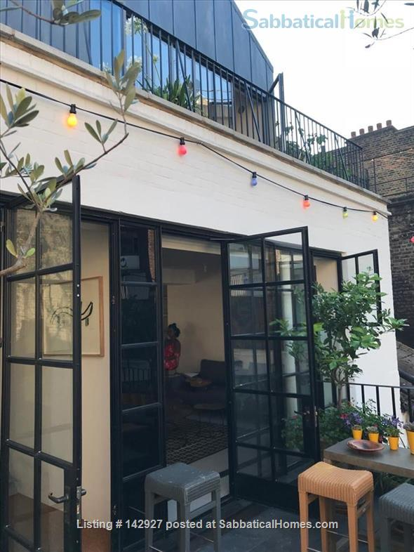 Fitzrovia Duplex Home Rental in Fitzrovia, England, United Kingdom 2