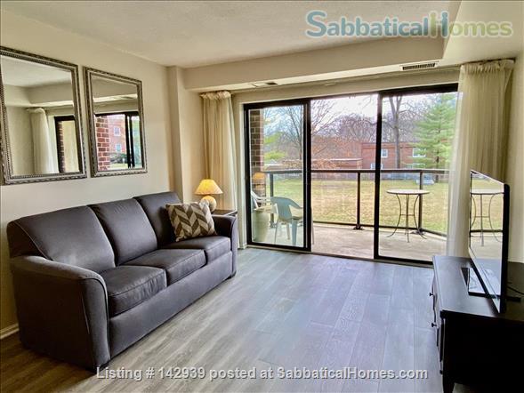 Furnished 1 bed condo - Perfect Rosslyn location Arlington Virginia Home Rental in Arlington, Virginia, United States 1