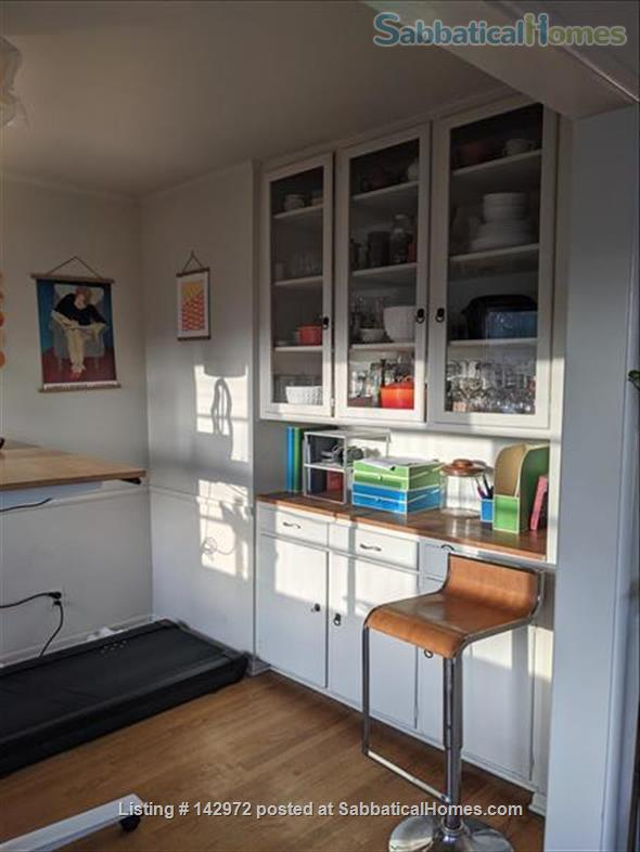 Spacious, sunny flat near UCLA Home Rental in Los Angeles, California, United States 4