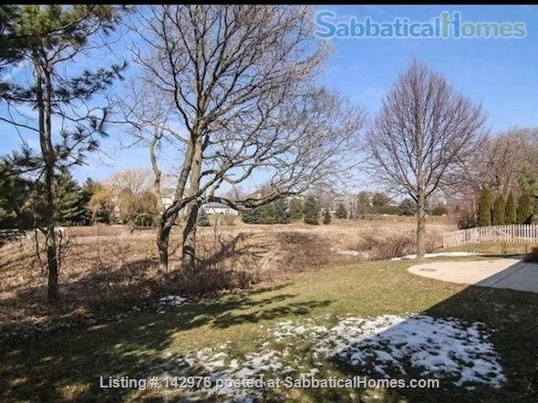 Charming, craftsman style ranch, in an upscale,  centrally located subdivision. Home Rental in Fitchburg, Wisconsin, United States 2