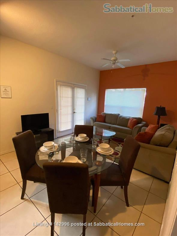 Beautifully renovated 4 bedroom townhouse near Disney  Home Rental in Kissimmee, Florida, United States 5