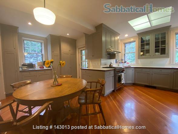 Lovely 4+ BR family home in Brookline; Close to BC, BU, Longwood Medical and easy trip to Harvard, MIT Home Rental in Brookline, Massachusetts, United States 4