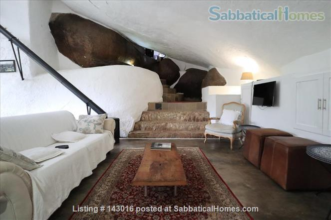One-of-a-kind cave house in Mbabane, Eswatini Home Exchange in Mbabane, Hhohho Region, Swaziland 3