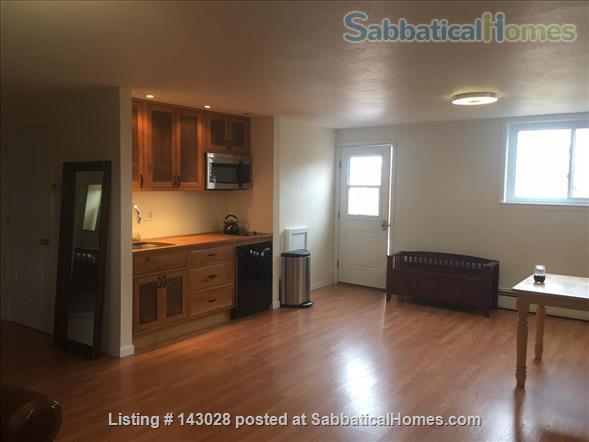 Bi-level House 1BR, 1BA, next to hiking trails Home Rental in Boulder, Colorado, United States 2