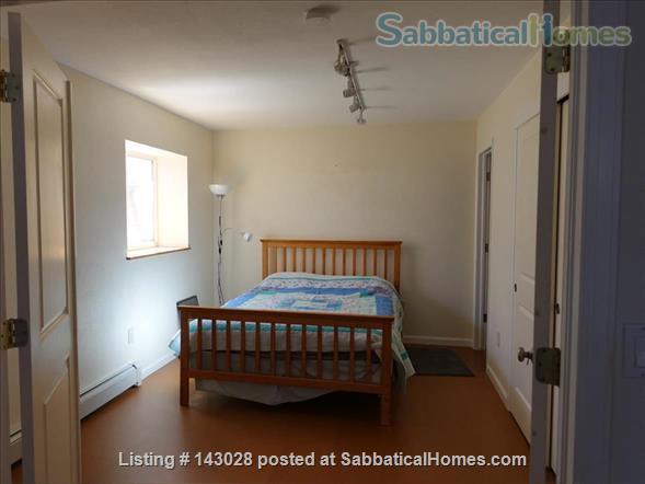 Bi-level House 1BR, 1BA, next to hiking trails Home Rental in Boulder, Colorado, United States 5