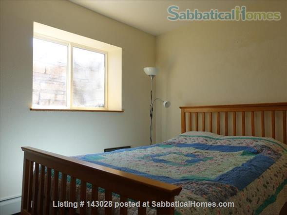 Bi-level House 1BR, 1BA, next to hiking trails Home Rental in Boulder, Colorado, United States 6