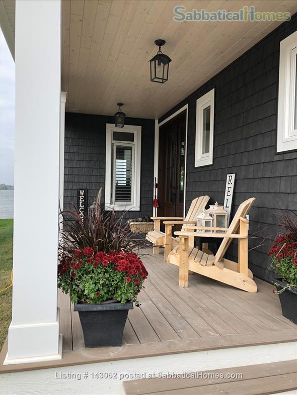 Waterfront Custom Built Home 10 Mins to Downtown Kingston Home Rental in Kingston, Ontario, Canada 4