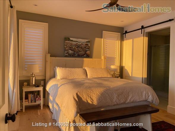 Waterfront Custom Built Home 10 Mins to Downtown Kingston Home Rental in Kingston, Ontario, Canada 8