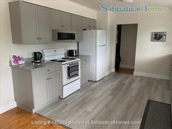 BRIGHT AND BEAUTIFULLY RENOVATED HOME Home Rental in Kingston, Ontario, Canada 2