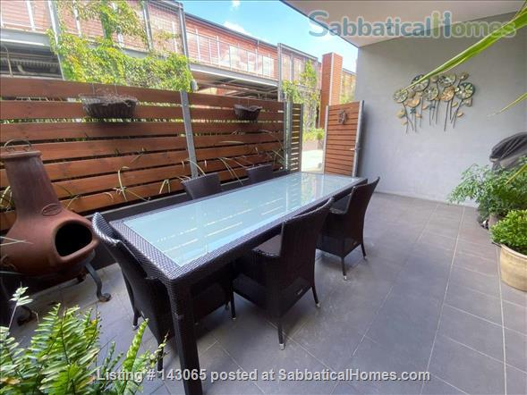 Abbotsford Apartment - 3 Bedrooms Home Rental in Abbotsford, VIC, Australia 0