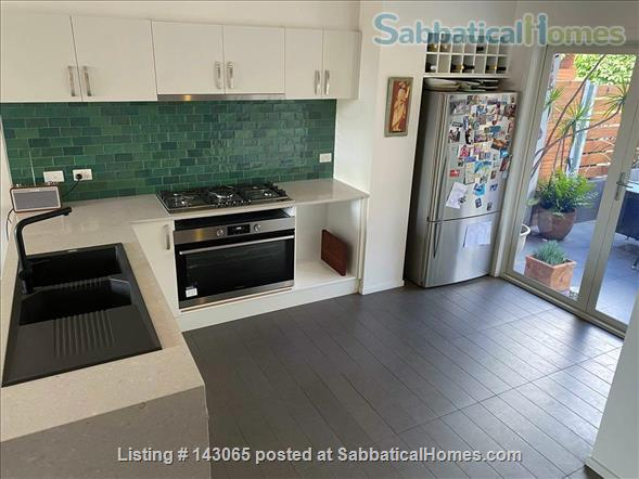 Abbotsford Apartment - 3 Bedrooms Home Rental in Abbotsford, VIC, Australia 2